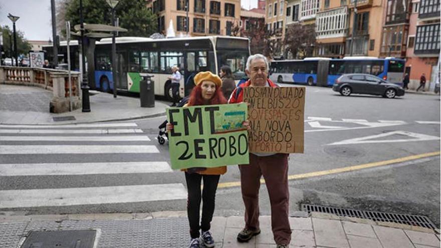 Suspendida la protesta contra el cambio de líneas de la EMT por carecer de permiso