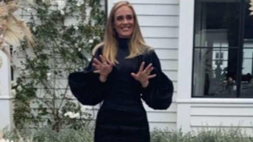 Adele reaparece tras perder más de 60 kilos