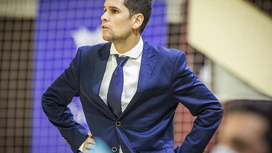 Diego Ríos nominado a mejor entrenador de la temporada