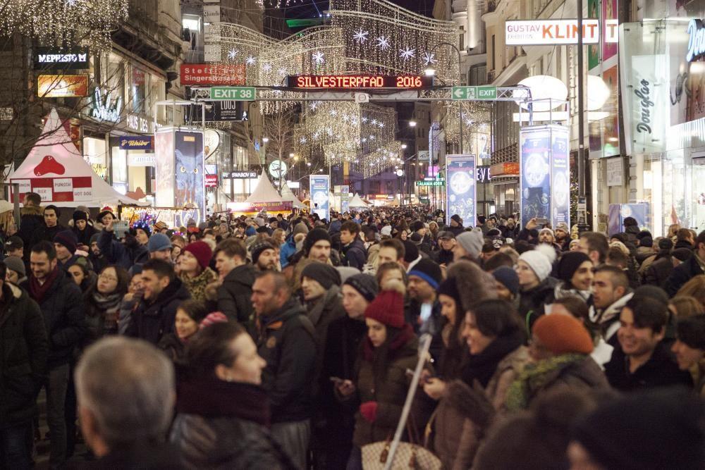 Última noche del año en Viena, Austria.