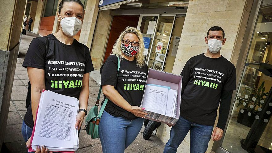Registran más de 11.400 firmas reclamando el nuevo Instituto  de La Corredoria
