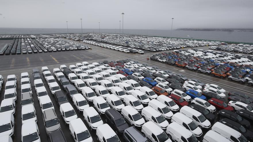 El Puerto de Vigo, cada vez más líder en coches y pesca