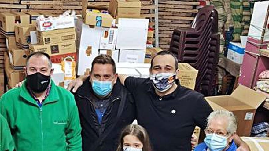 Un taller de Laviada entrega a la Cocina Económica 4.400 kilos de alimentos