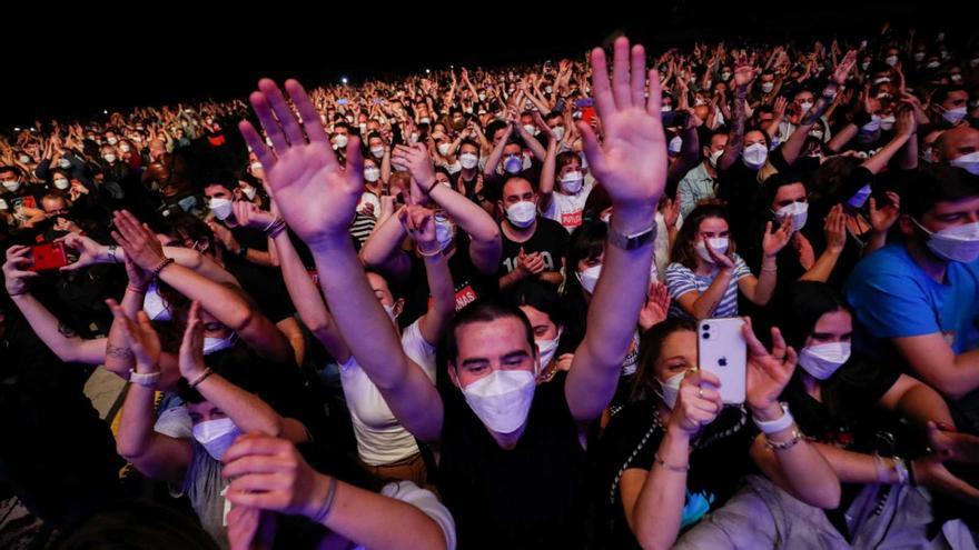 El concierto de Love of Lesbian de Barcelona solo registra seis positivos por coronavirus