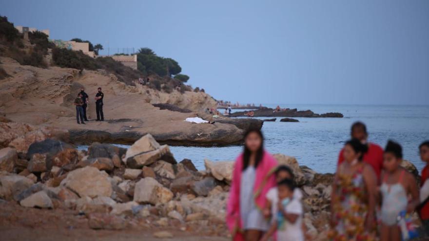 Muere una mujer de 35 años en una playa del Cabo de las Huertas