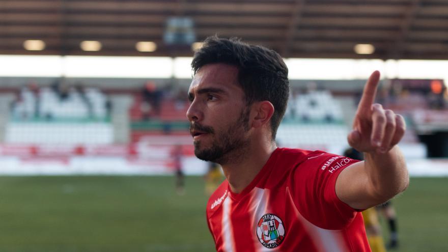 Adri Herrera firma con el Zamora de forma definitiva