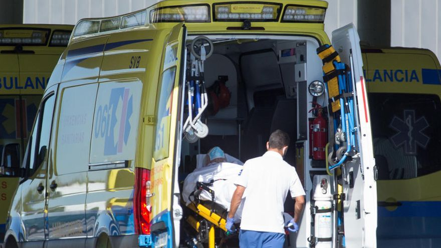 Sanidad notifica 31.785 casos, 2.425 en las últimas 24 horas, y 179 muertos más