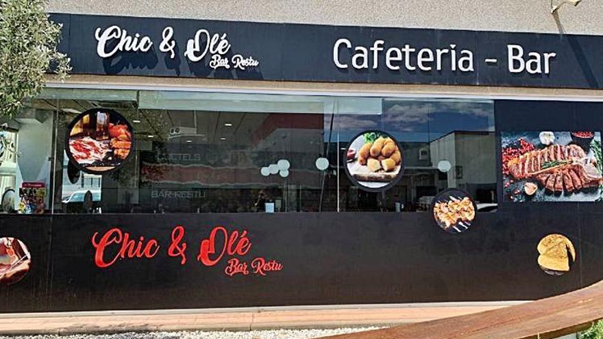 Tapes, servei de cafeteria i cuina variada al nou Chic & Olé de Figueres