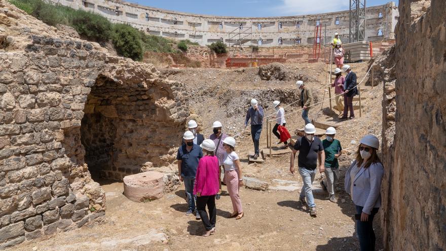 Los 4 cronistas de Cartagena diseñarán junto al Ayuntamiento el Museo del Anfiteatro Romano
