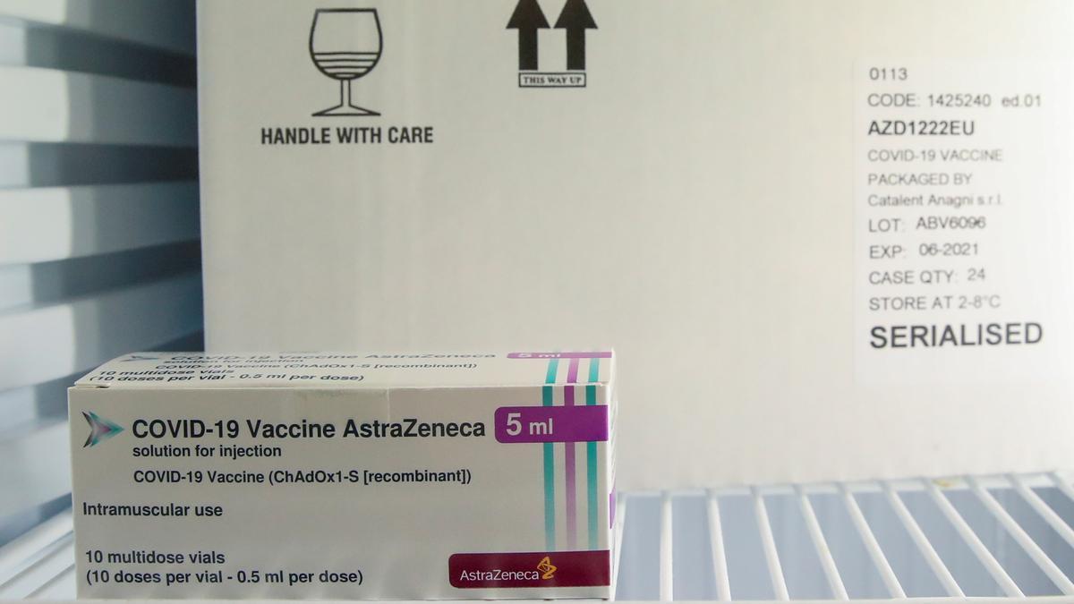 La vacuna de AstraZeneca, en duda