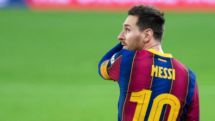 El Barça busca ante el Alavés engancharse a la lucha por la Liga