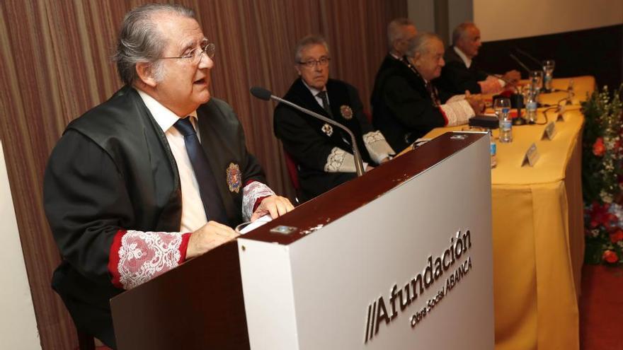 """Julio Picatoste ve de """"extrema gravedad"""" la """"creciente"""" burocratización de la Justicia"""
