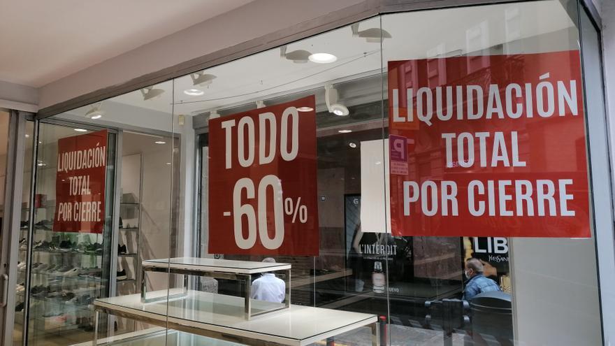 Las ventas del comercio canario retroceden un 10,5% en el primer trimestre