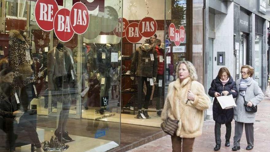 Las restricciones sanitarias lastran el empleo en Oviedo, alerta el Ayuntamiento
