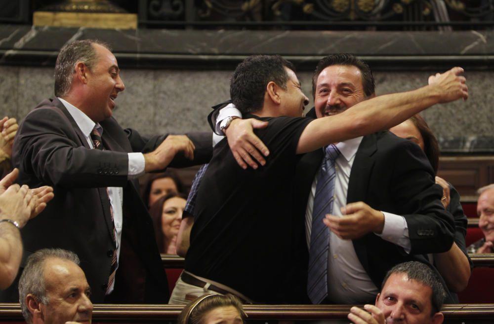 La elección de 2012 va a sonreir, por primera vez en sus respectivas historias, a dos comisiones, una a cada extremo de la ciudad.