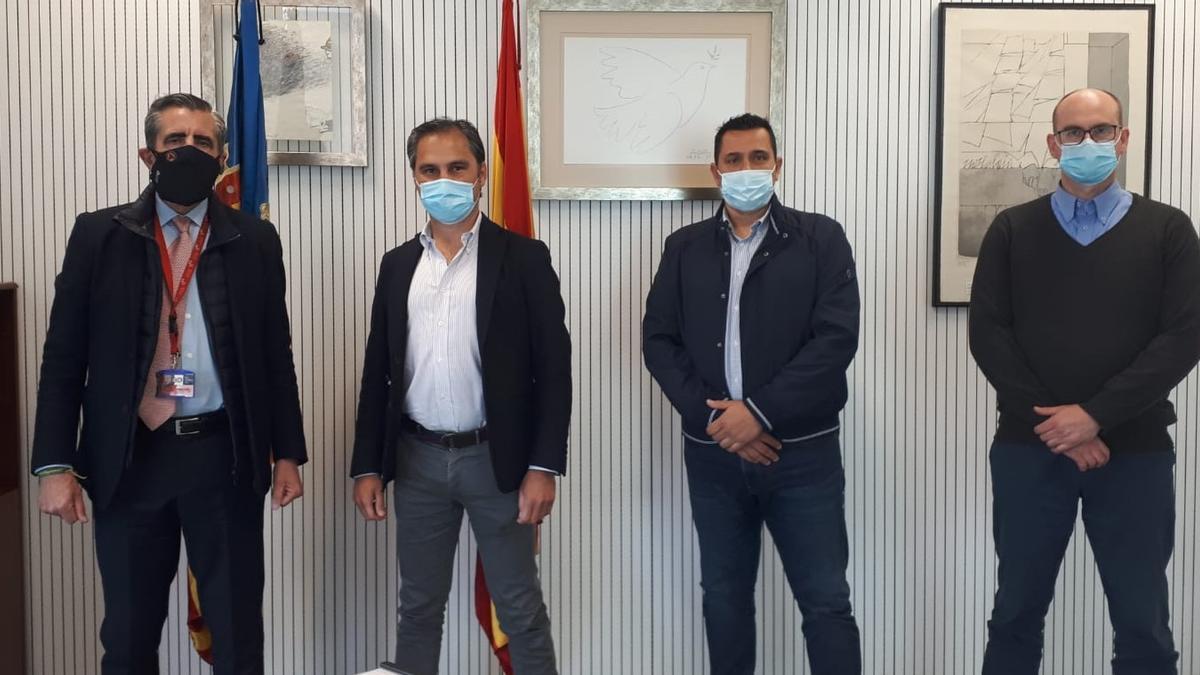 José María Ángel, Nacho Lloret, Vicent Nogueroles y Fernando Castellano, tras la reunión del viernes.