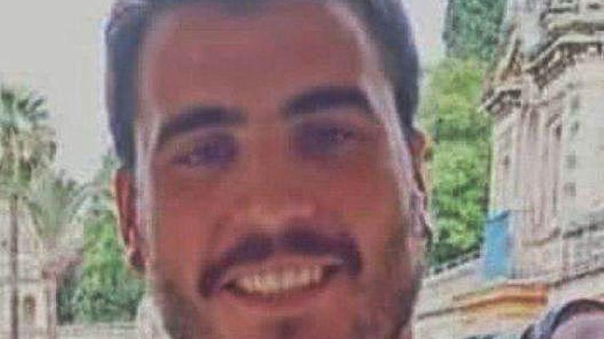 Un mes de la desaparición del joven Yago de la Puente en Ortigueira