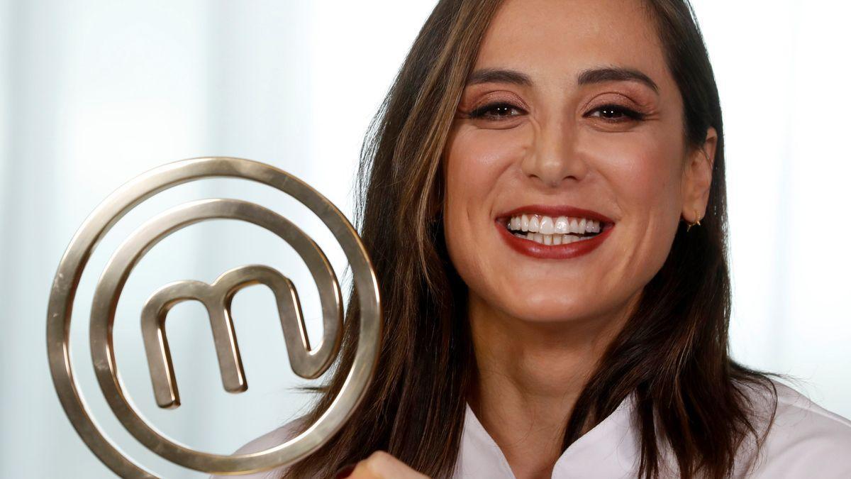 Tamara Falcó vuelve a los fogones y publicará un libro de recetas en octubre.