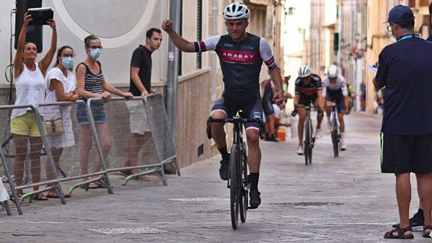 Bernat Trías confirma su gran momento en el Trofeu Sant Roc de Porreres