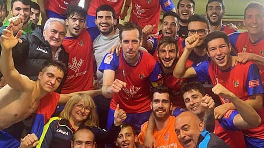 El Benavente asalta La Llanera con un gol de Cobreros