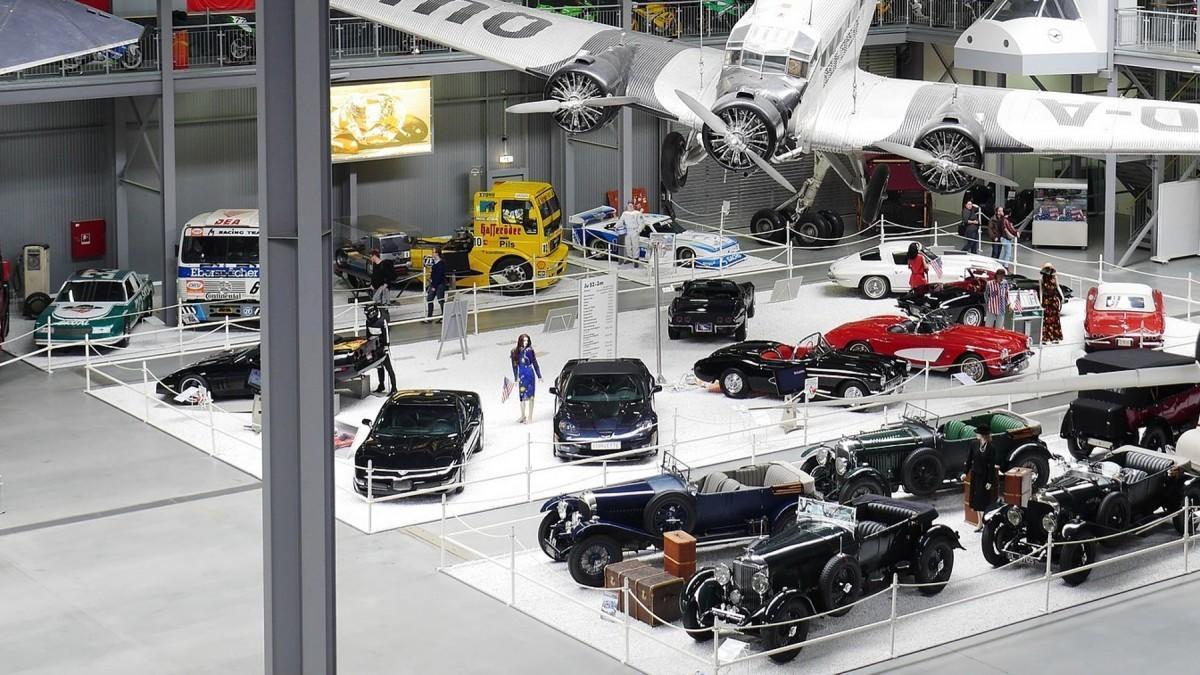 Estado de Alarma: 6 museos de coches que puedes visitar sin salir de casa