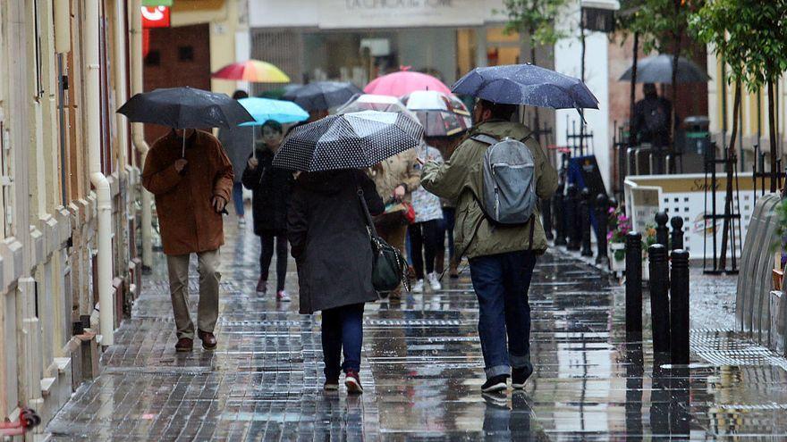 La Aemet activa en Andalucía el aviso amarillo por lluvias para el puente de Todos los Santos