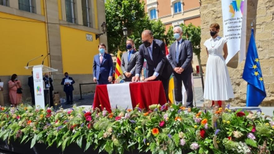 Aragón se suma al compromiso entre comunidades por el Camino de Santiago