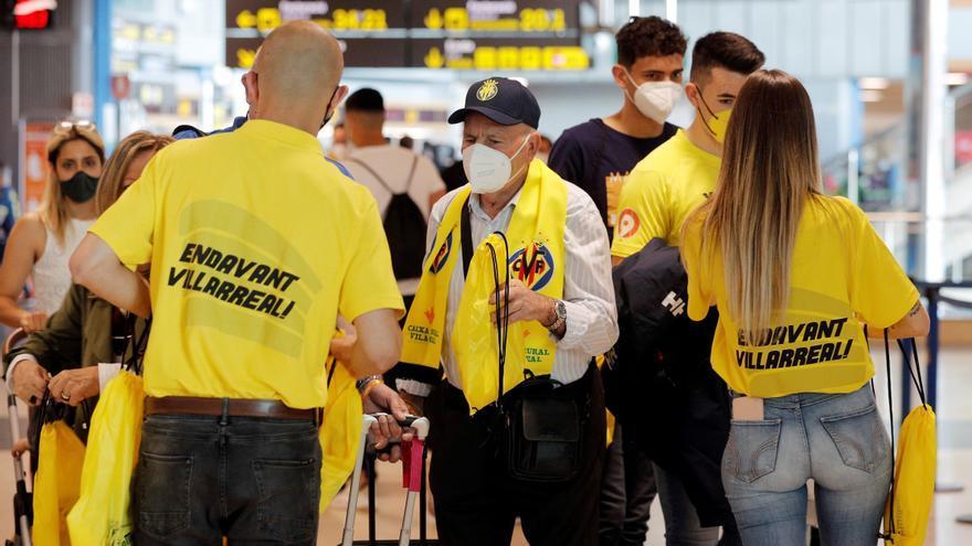 VÍDEO | La afición del Villarreal tiñe Manises de amarillo