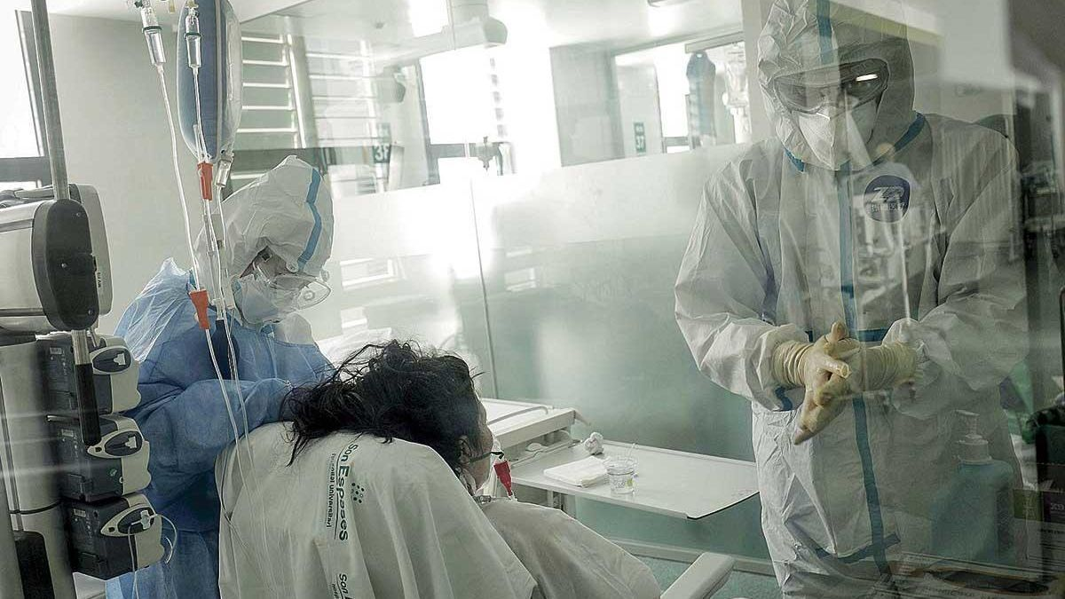 Imagen de la UCI de Son Espases durante la pandemia.