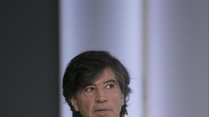 """López-Otín: """"Si podemos curar las heridas del cuerpo con   terapia génica también podremos reparar las del alma"""""""