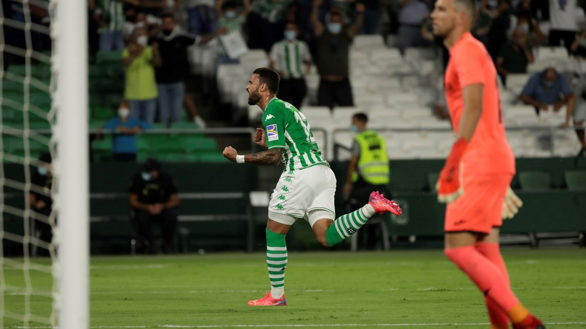 2-0. El Betis se estrena en el Villamarín y hunde más al Getafe