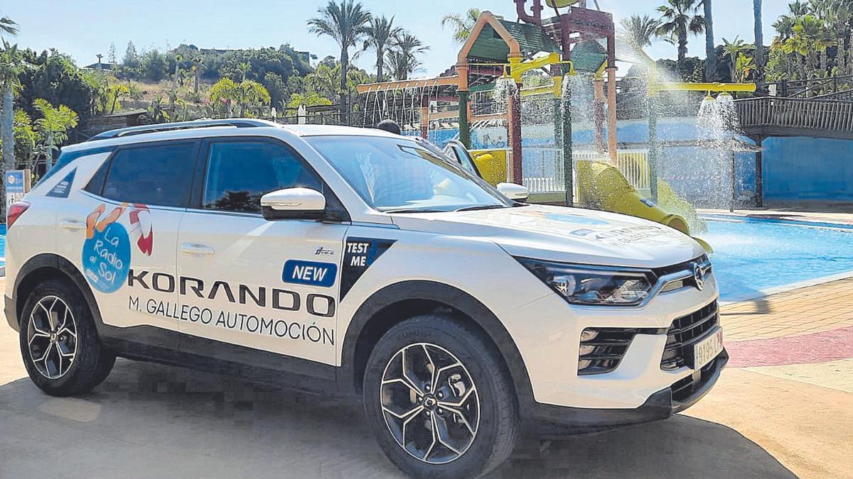SIEMPRE SEGUROS El equipo de «La Radio al Sol» viaja estos días cómodamente en un Korando, un 'SUV' que cuenta, entre otras cosas, con las más modernas soluciones de seguridad gracias al sistema SASS -Seguridad Activa SsangYong-.