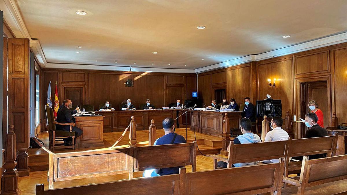 Juicio celebrado ayer en la Audiencia Provincial de Pontevedra.     // FDV