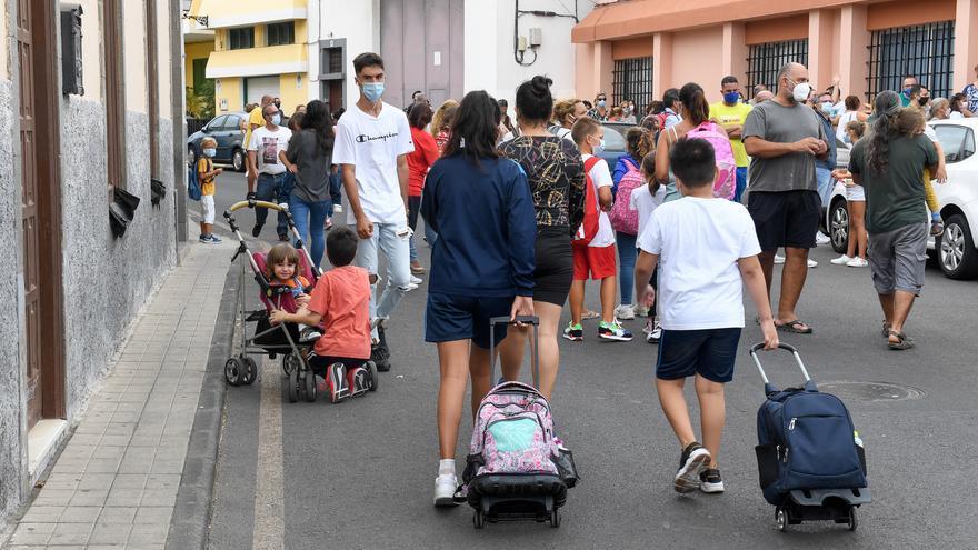 Primeras aulas confinadas por el positivo de dos estudiantes en Gran Canaria