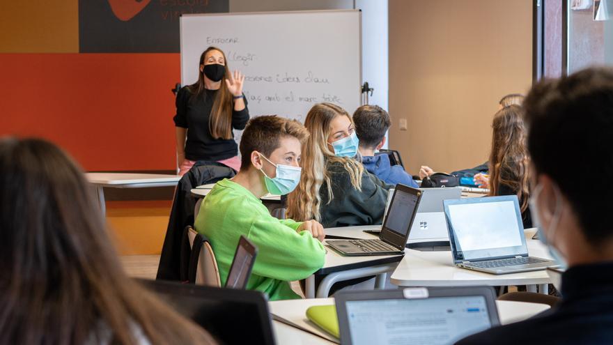 Un equipo de estudiantes de la provincia participa en el Campus Virtual de EduCaixa