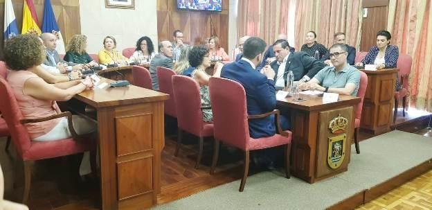 Moción de censura en el Cabido de La Palma