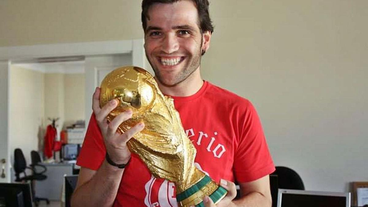 Carlos Matallanas, periodista, futbolista y luchador incansable contra la ELA.