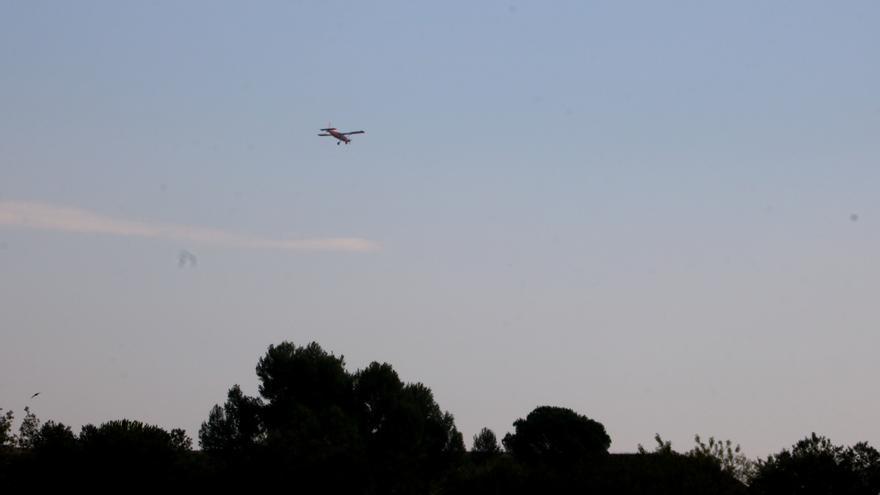 Veïns del Bages lluiten contra el soroll de l'aeròdrom: «És com tenir una avioneta dins de casa cada cinc minuts»