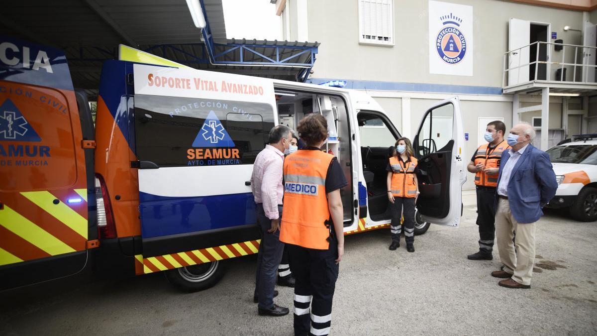 Protección Civil de Murcia estrena ambulancia