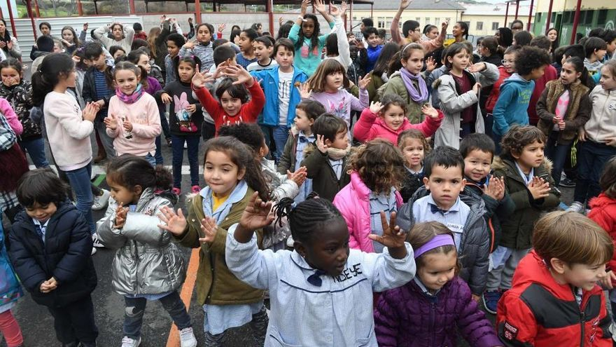 Día da Paz no colexio coruñés Raquel Camacho