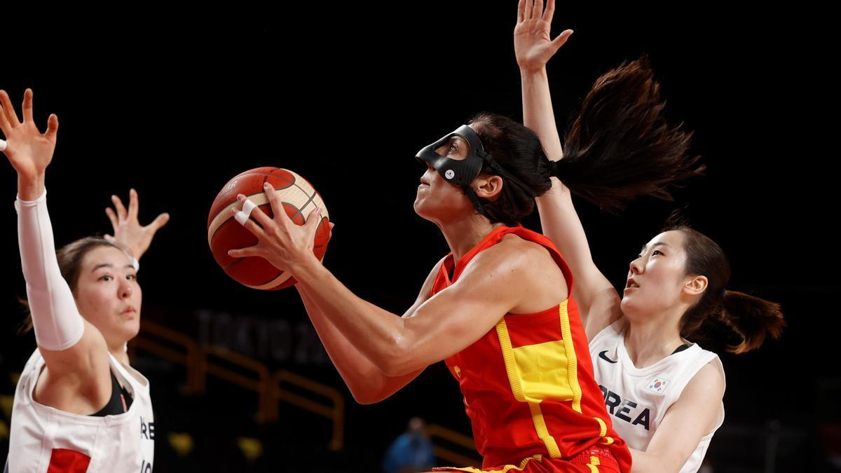 Cristina Ouviña, en el debut durante un lanza ante Corea del Sur.