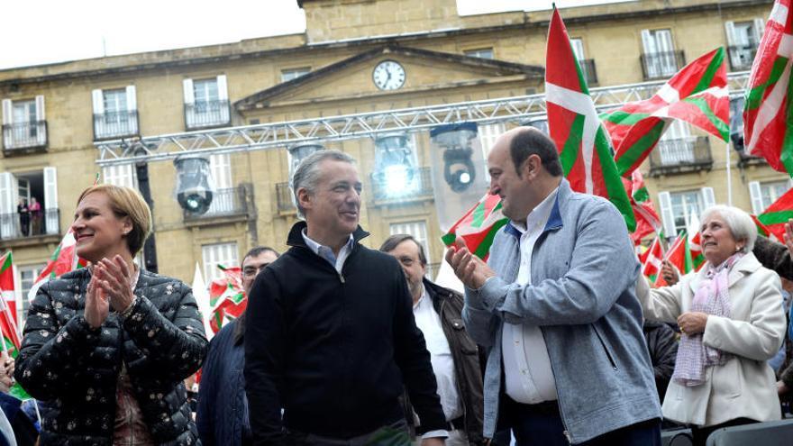 El PNV reclama para el País Vasco una relación de cosoberanía con España