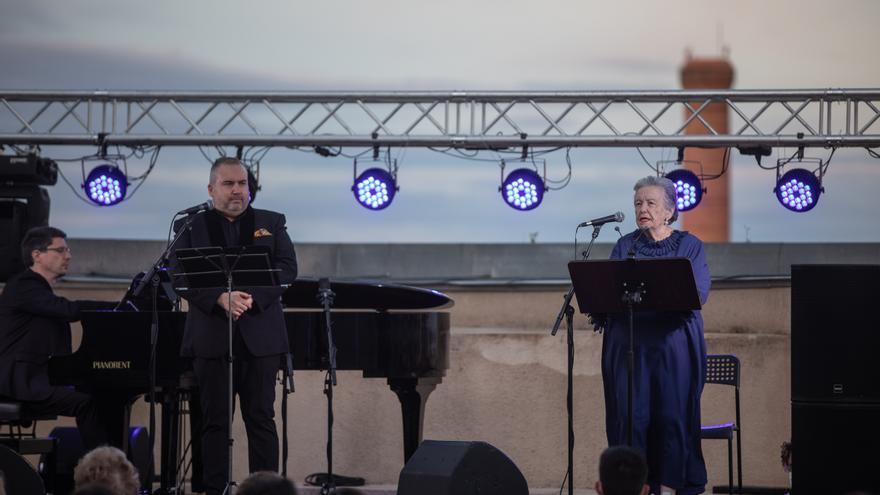 María Galiana desnuda su alma en Zamora con un recital de poesía y música