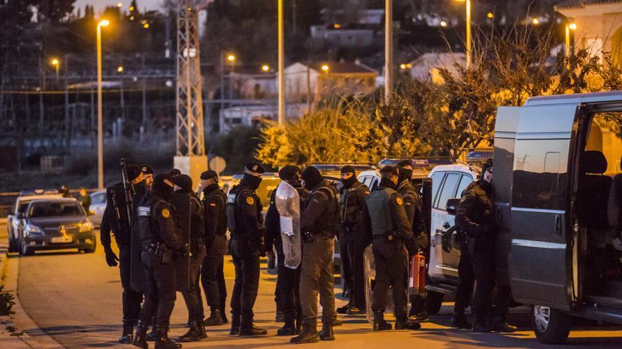 La Guardia Civil, condenada a abonar un complemento que había negado a un agente aragonés por estar de baja médica