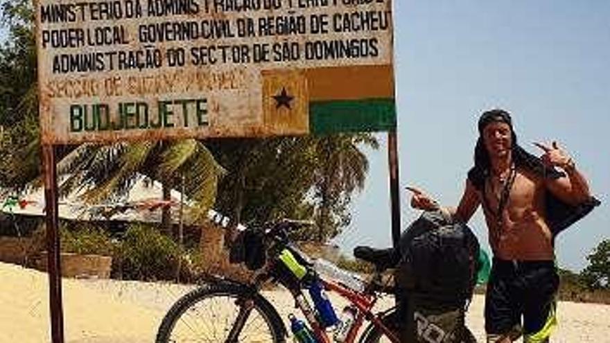 Aventura en África a golpe de pedal