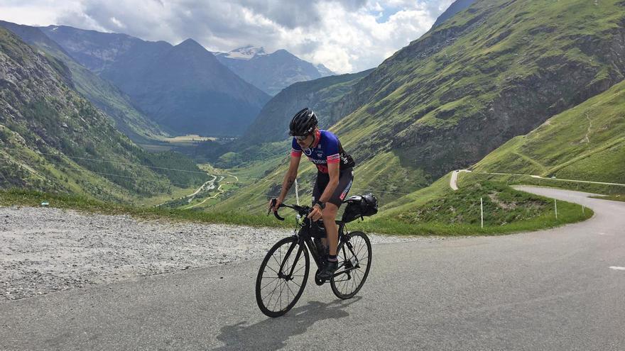 Lluís Puigbert completa la Race Across France, una cursa de 1.100 quilòmetres