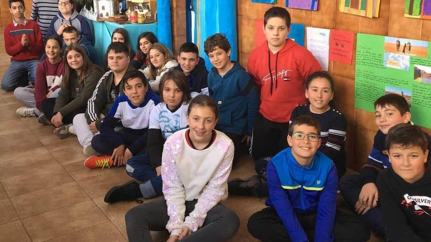 África cala en el colegio Gloria Rodríguez