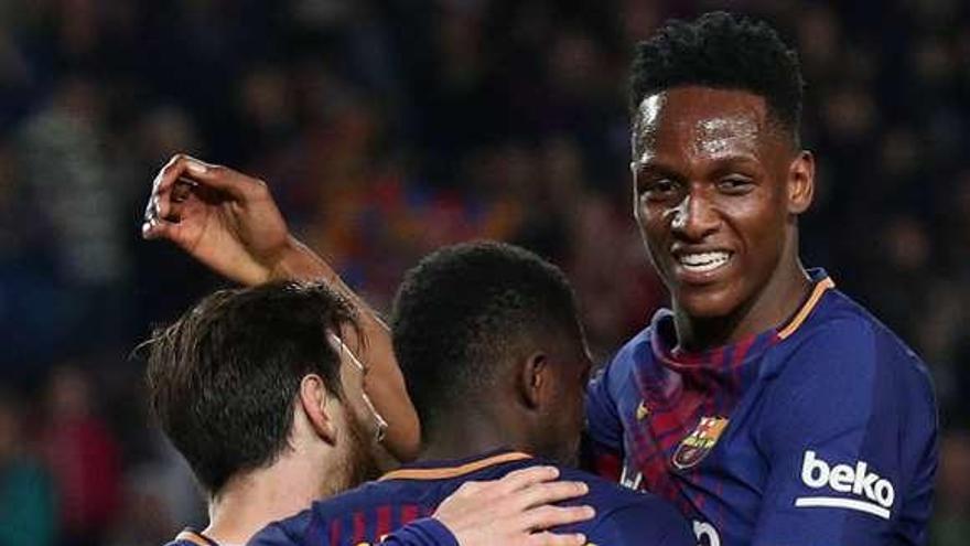 El Barcelona sigue invicto tras arrollar con cinco goles al Villarreal