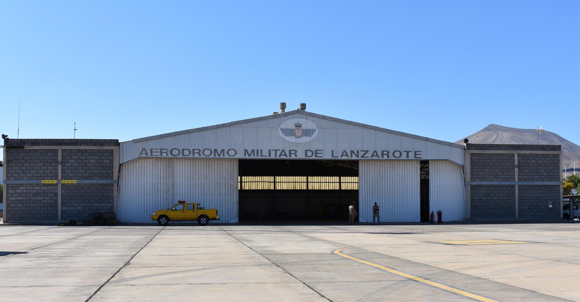 aer�dromo militar de Lanzarote.JPG