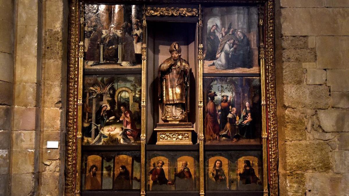 Imagen del retablo de San Ildefonso en la iglesia de San Juan del Mercado de Benavente.